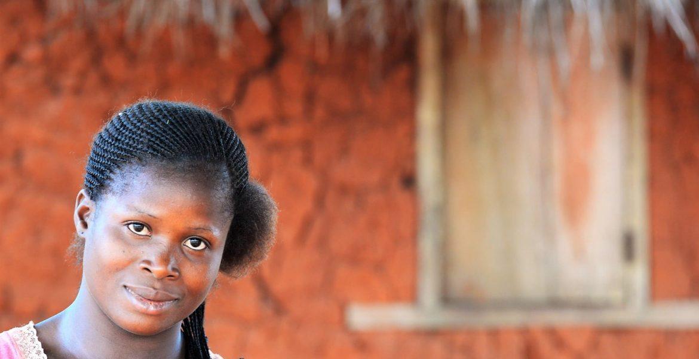 sostegno-scolastico-a-danyi-hi-heatro-curiosità-da-un-villaggio-africano